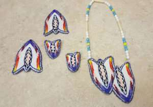 new-5-piece-cut-beaded-tulip-native-american-indian-dance-set-ebay-find-of-the-week