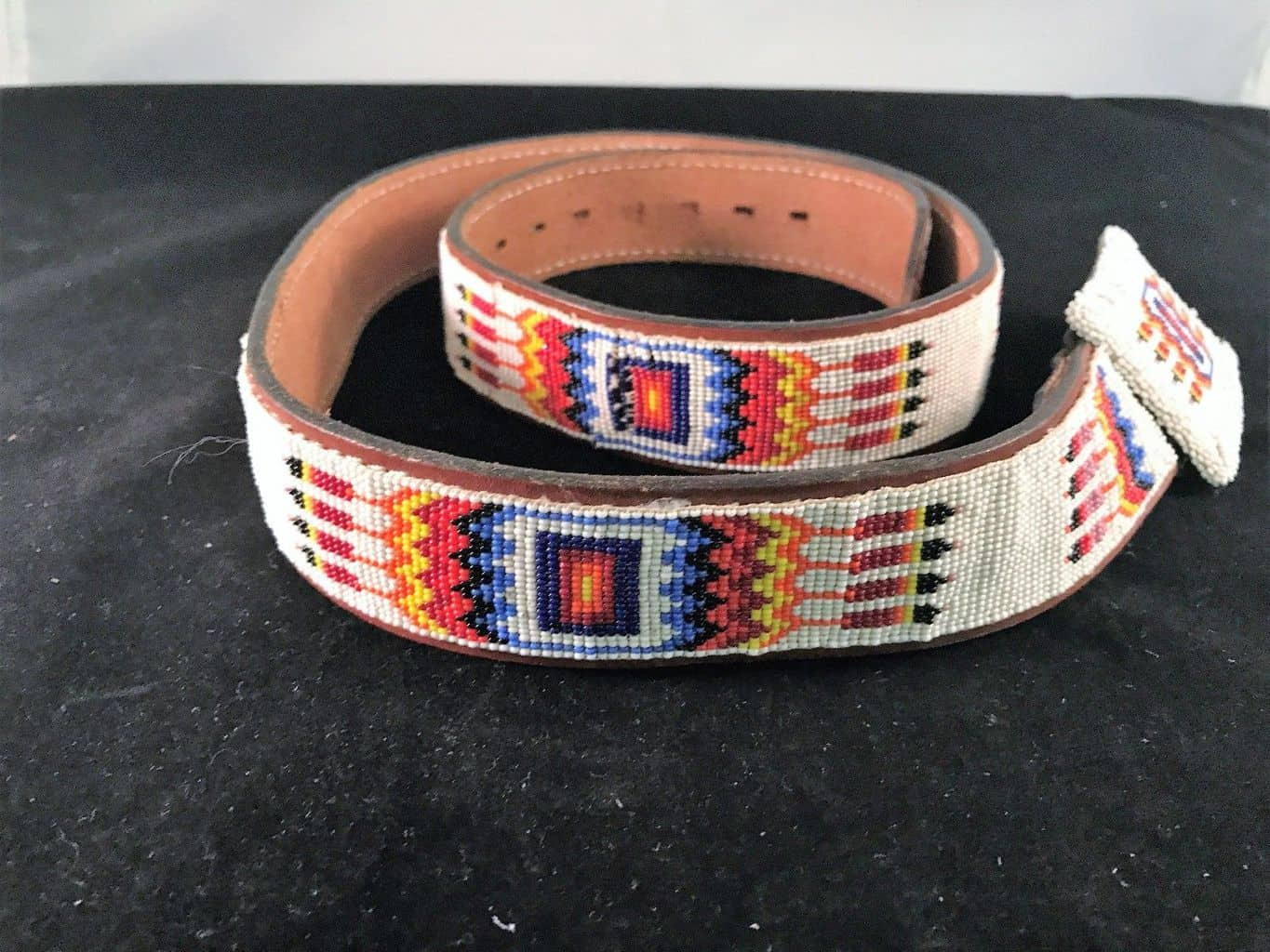 Navajo Native American beaded Belt size 38, Necklace – eBay find of the week - PowWows.com – Native American Pow Wows
